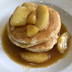 Warm Caramelised Apple & Cinnamon Pancakes