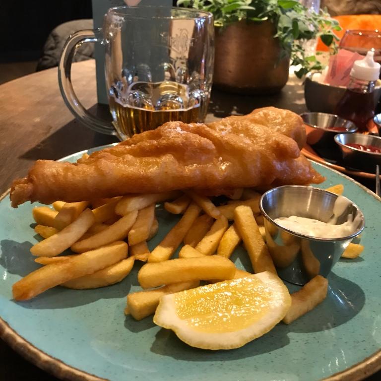 Beer-battered haddock & chips