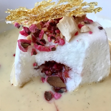 Floating island with pink praline & vanilla custard