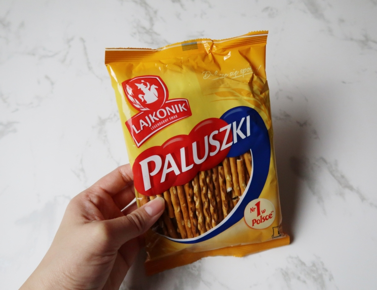 Salty biscuit sticks